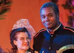 Jennifer Sperry as Mabel Stanley and Darryl Maximilian Robinson as Major-General Stanley in the 2014 San Pedro Theatre Club's The Pirates of Penzance..jpg
